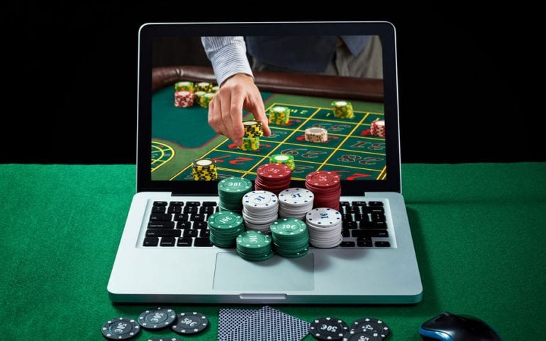 Live Blackjack and Poker Games at Lucks Casino
